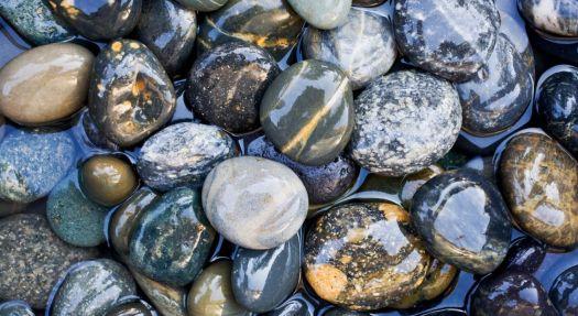 river-stones,-water-151860